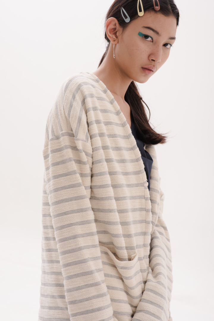 Esensial Unisex Cardigan in Light Grey Stripes