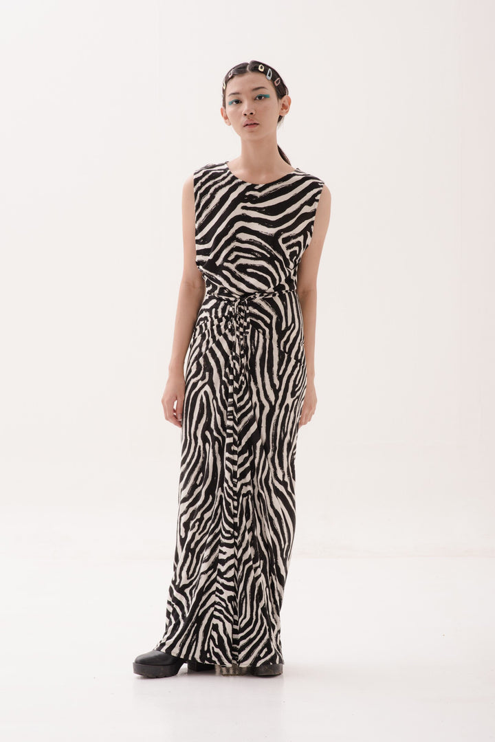 Kalem Panjang Dress in Abstract Print