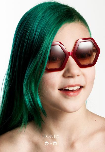 Sons_and_Daughters_Eyewear_Campaigns_2016_Kids_Sunglasses_Honey
