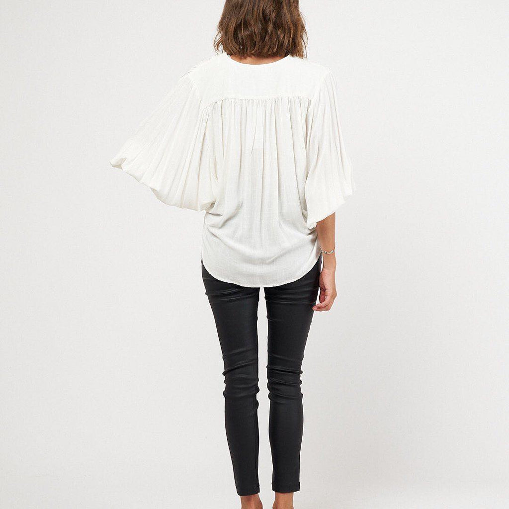 Drape top white white closet manski and schi
