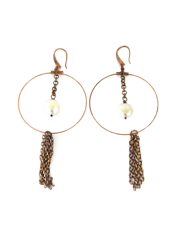 Chandler Earrings - White Pearl