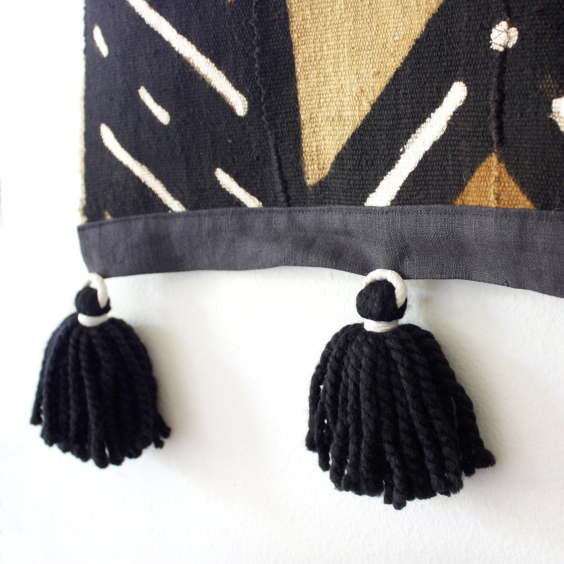 Black Large Mudcloth Wallhanging Tapestry with Tassels - Random Bars