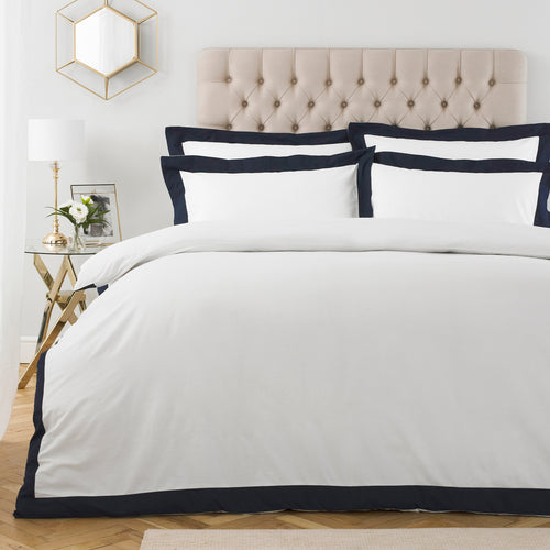 Image of the Harvard 200TC Oxford Border Duvet Cover Set | Navy | Paoletti