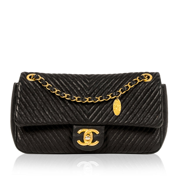 Chevron Single Flap Bag - Black - GHW