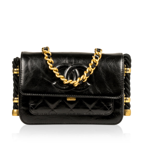 En Vogue Flap Bag