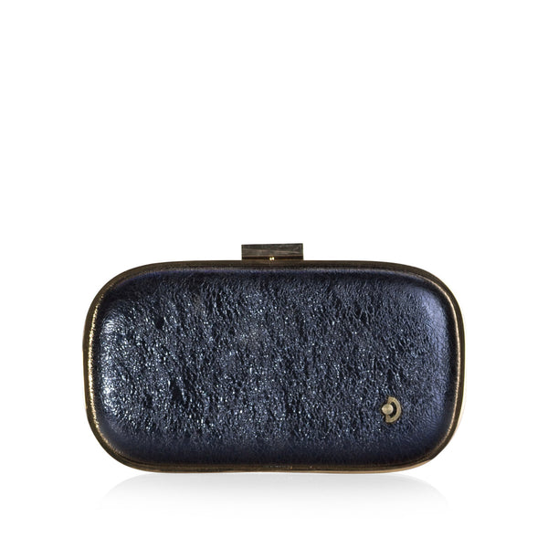 Oval hard case clutch