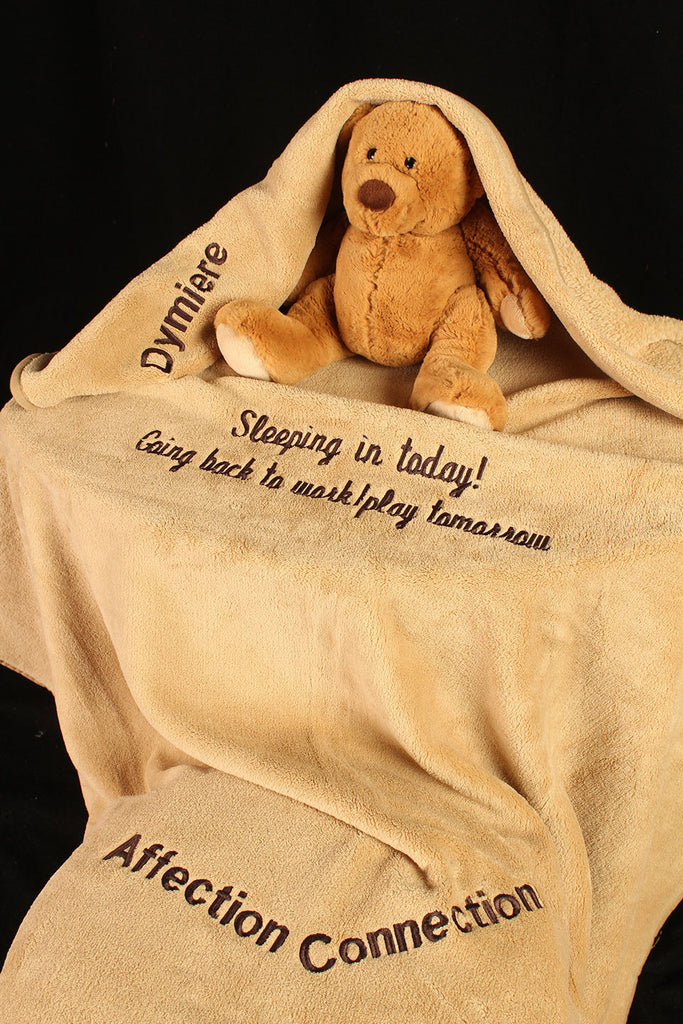 Blanket with Embroidered Name & Poem / Kid-Humor