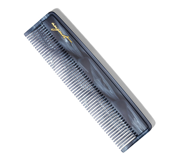 Pocket Comb in Lake