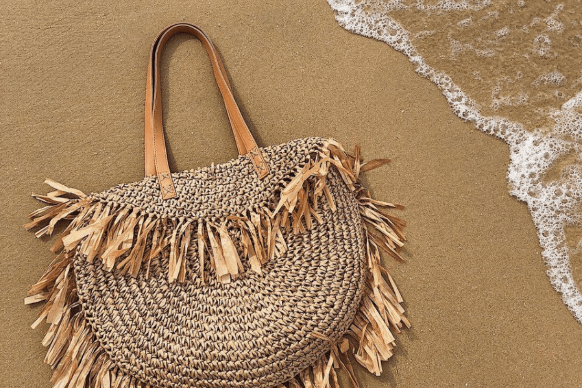Things-to-have-in-your-beach-bag-My-Beach-Bag