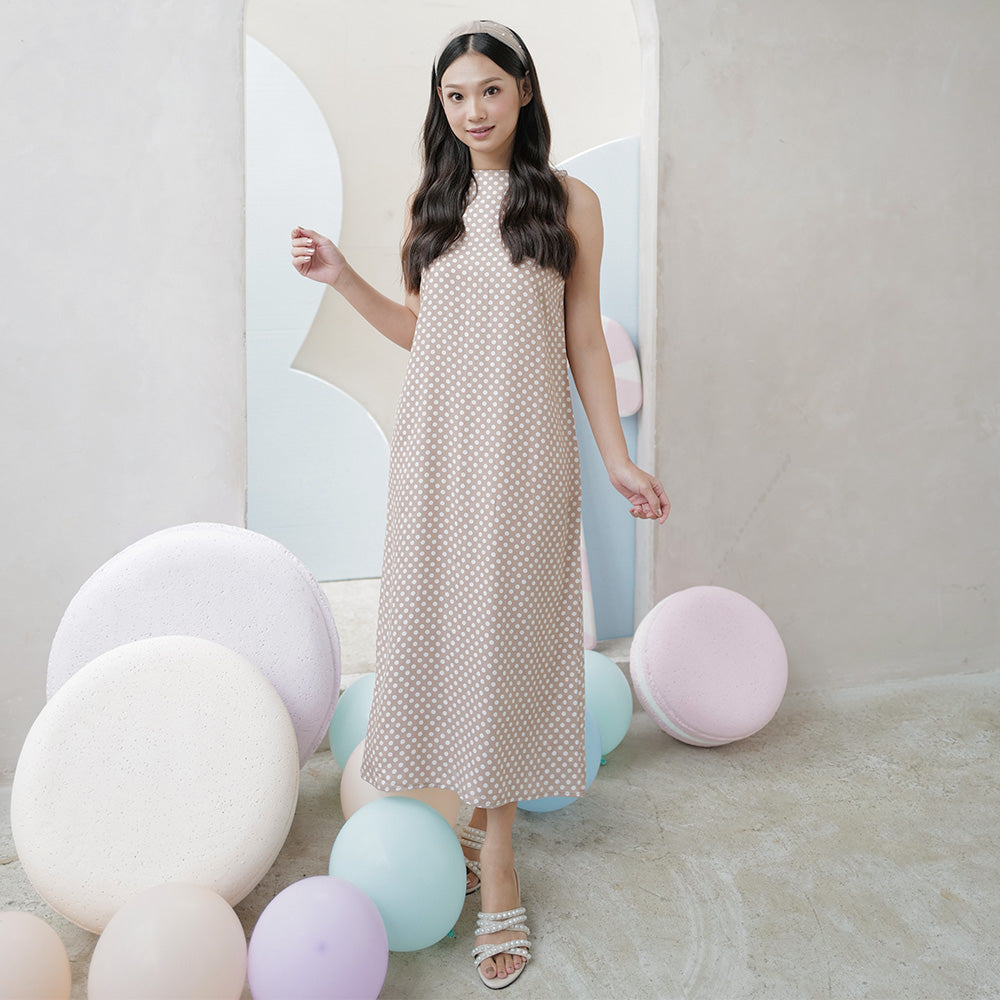 Gazelle Simple Sleeveless Dress