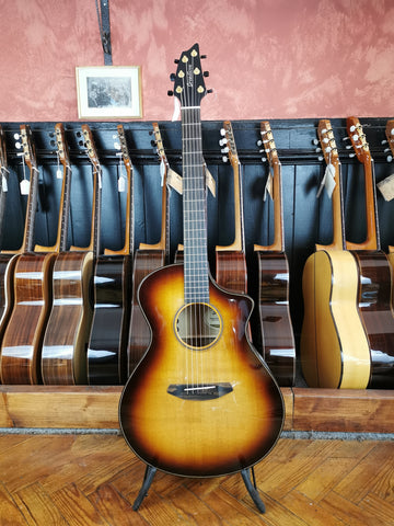 Breedlove Oregon Concert Whiskey Burst CE