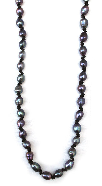 Dark Pearls Knotted Necklace