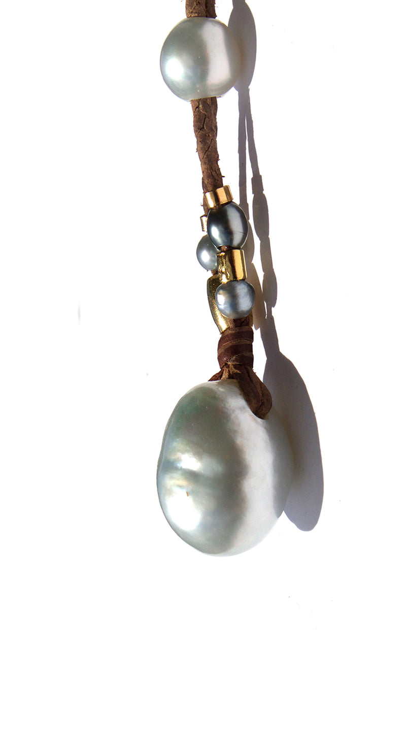 Large White Pearl Pendant Super Coco Necklace