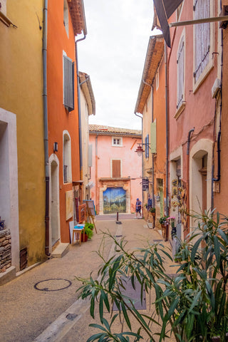narrow street in the village of roussillon, Provence, France