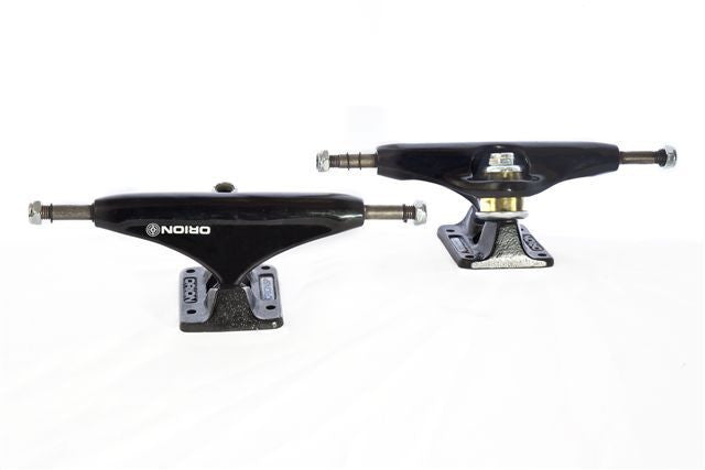 Orion Superior Black Out - Black/Black - 140mm - Skateboard Trucks (Set of 2)