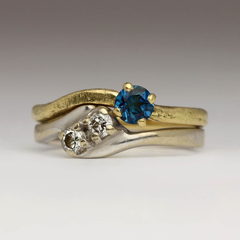 Solitaire shaped wedding ring with Topaz