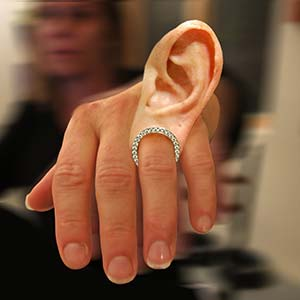Amazing Jewelry Ring 18 - The Ear-Ring