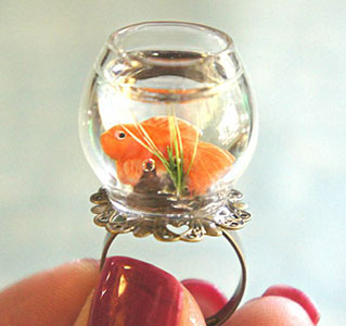 Amazing Jewelry Ring 38 - Fishbowl Ring