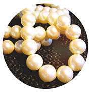 pearl-necklace-jewelry-cleaning