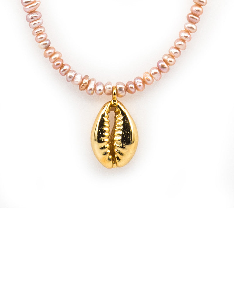 Meridian Avenue Pink Mini Pearl Necklace With Cowrie Shell Close