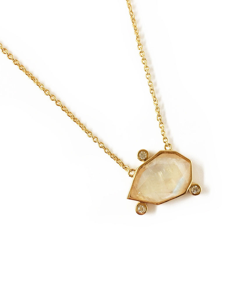gold gemostone necklace womens jewelry designer elizabeth stone