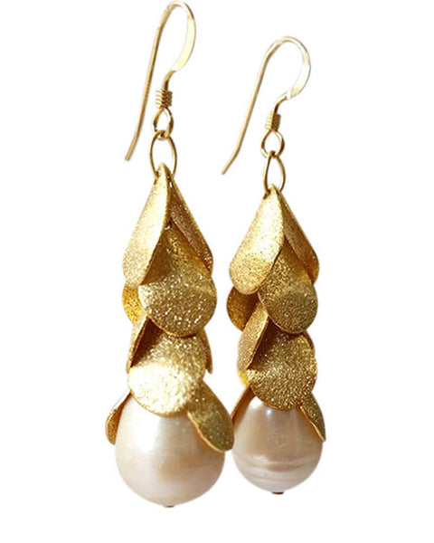 sirissima heather dangling gold leaf earrings
