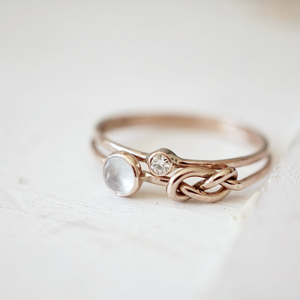 Aquamarine Infinity Knot Ring Set in 14k Gold-LUXURING