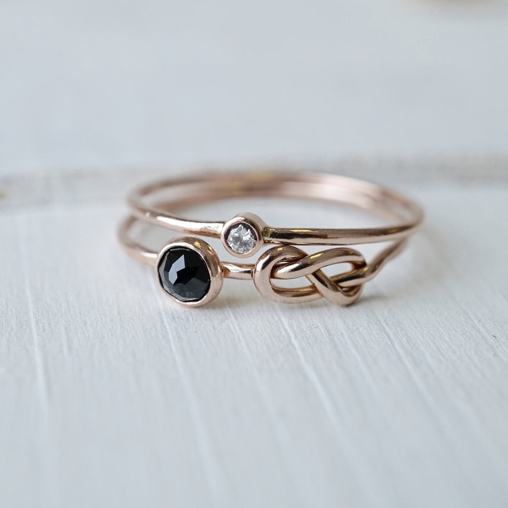 Spinel Infinity Knot Ring Set in 14k Gold-Ring Set-LUXURING
