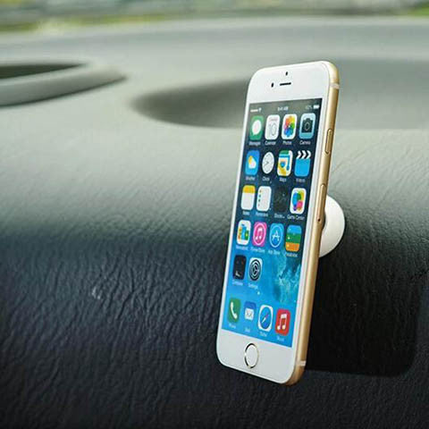 Paste multifunctional magnetic adsorption car phone holder - CELLRIZON