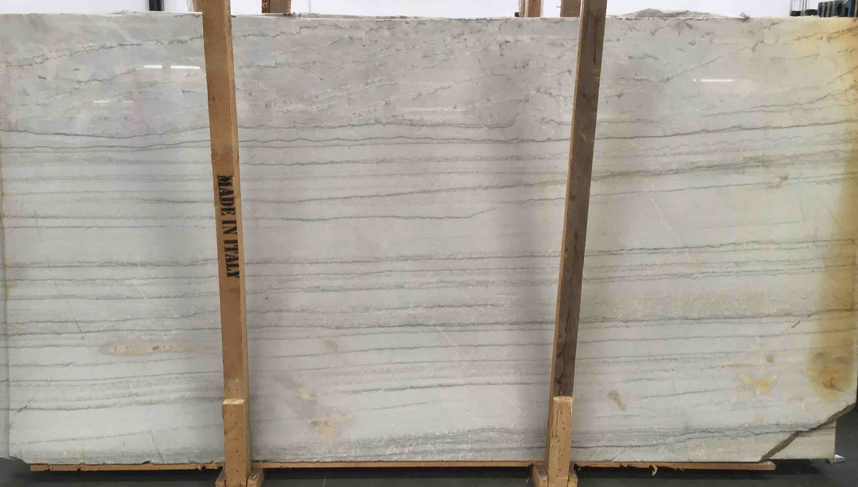WHITE QUARTZITE V/C 3/4 P-1
