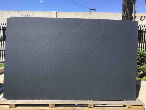 GRANITE ABSOLUTE BLACK LEATHER 3/4
