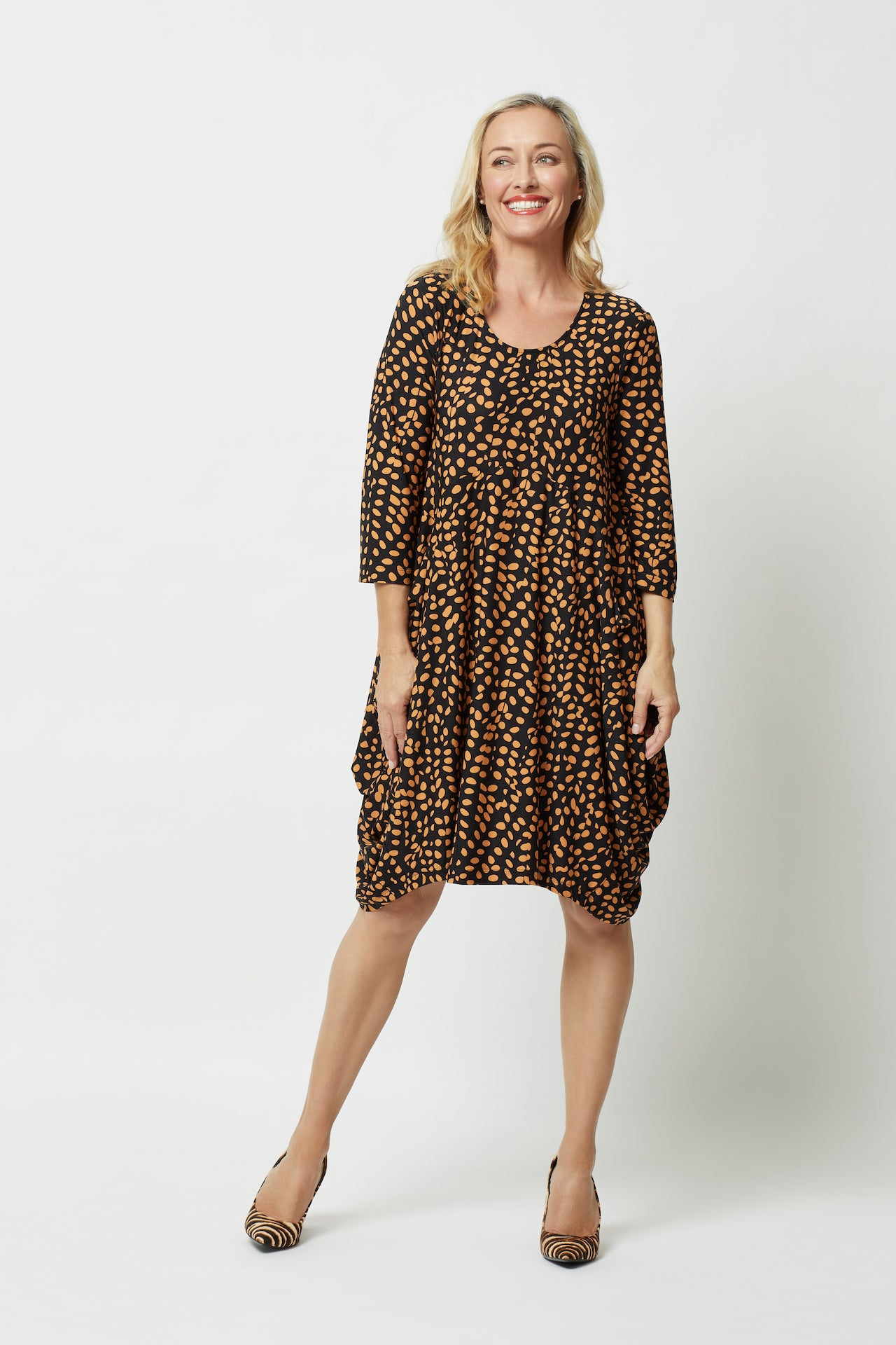 Bounce Dress - 3/4 Sleeve