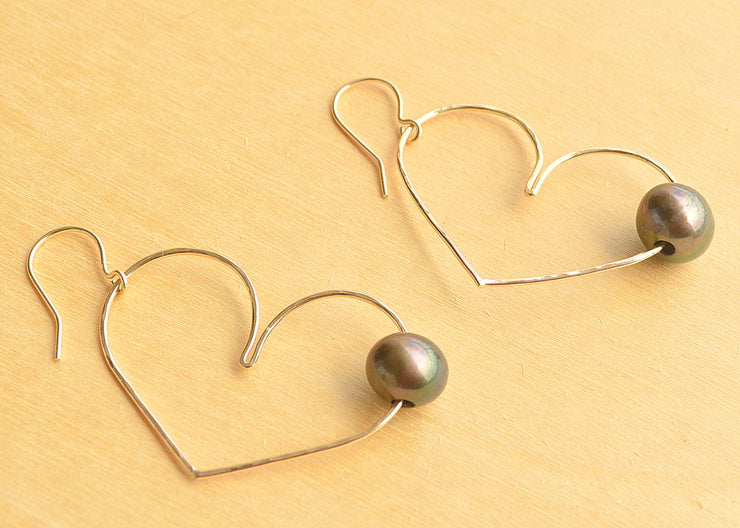 Black Pearl Heart Earrings - Large - Yay Hawaii
