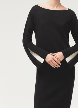 CONTRAST PLEAT SLEEVE DRESS