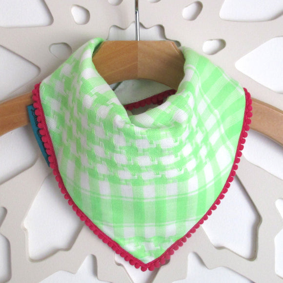 Keffiyah Dribble Bibs - Green & White with Pink Border