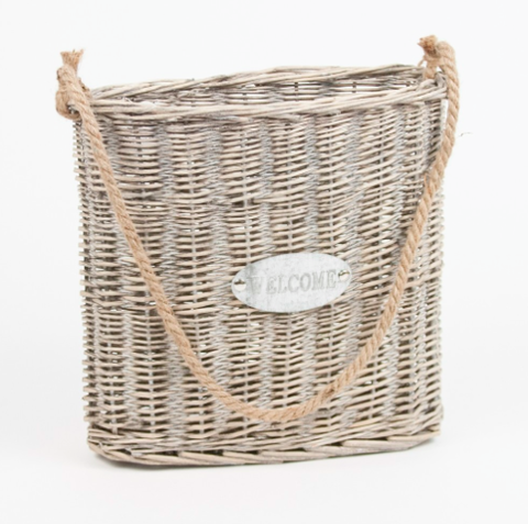 HANGING WELCOME BASKET