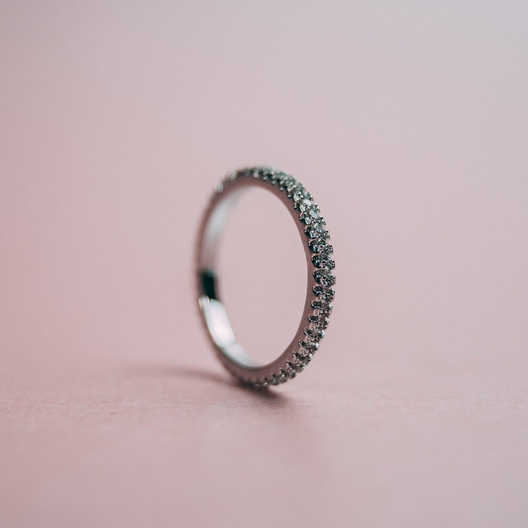Aphrodite Eternity Band Silver