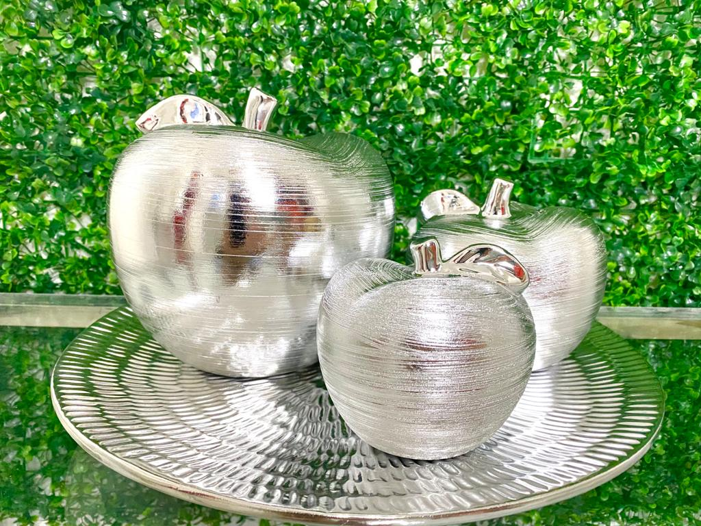 Silver Apple Set - Kitchen Decor