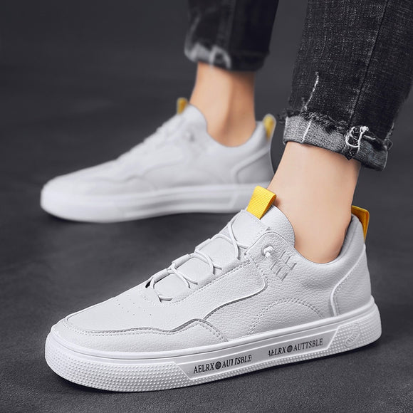 2020 New Men's Shoes Whiteboard Shoes Trend Breathable Sports Casual Shoes Versatile Lightweight Comfortable Fashion Sneakers