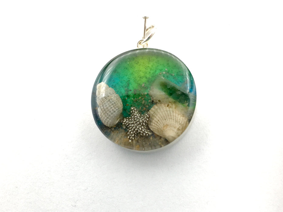Sterling silver 25mm Round Pendant with Shell, Shells, Sand, Sea glass, Starfish, Star Fish, Stone Harbor, 95th Street Beach, New Jersey shore, tide pool, alcohol ink art,  beach comber