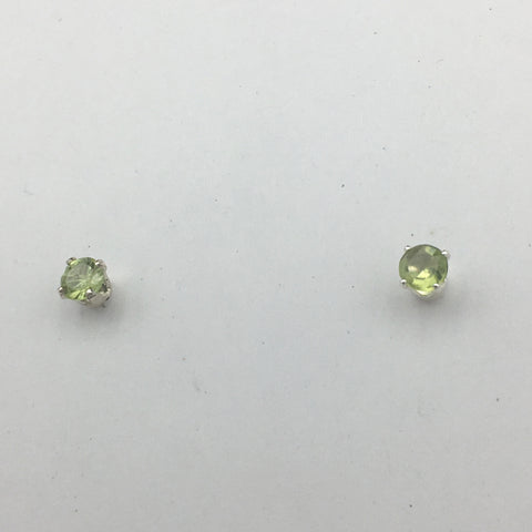 Sterling silver 4mm Peridot stud earrings-studs, peridots, August birthstone