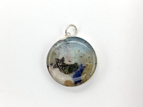 Sterling silver 25mm Round Pendant with Shell, Shells, Sand, Sea glass, Starfish, star fish, West Meadow Beach, Brookhaven, New York shore, tide pool, rocks, alcohol ink art,  beach comber, Long Island