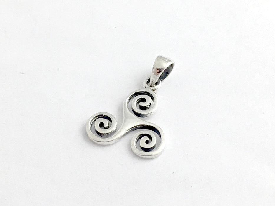 Sterling silver triskelion pendant triple spiral triskele celtic sterling silver triskelion pendant triple spiral triskele celtic 78 inch aloadofball Image collections