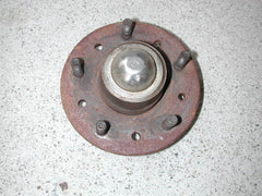 Used Front Wheel Hub 63-68 / Product Number: FS146U