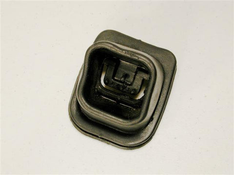 GM-NOS Clutch Fork Boot 63-81 / Product Number: EC116