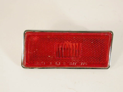 GM-NOS Discontinued Rear Right Hand Side Marker 74-82 / Product Number: LM106RR