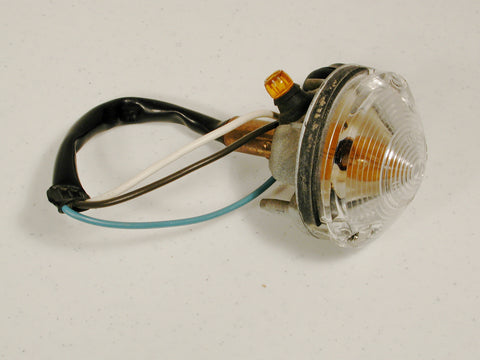 Parking Lamp Assembly GM 68-69 / Product Number: LM128