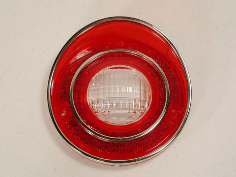 GM Restoration B/U T/Lamp Lens 71L-73 / Product Number: LM143