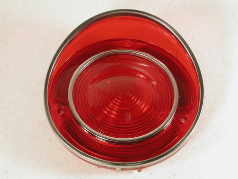 GM-Restoration Tail Light Lens 71L-73 / Product Number: LM159
