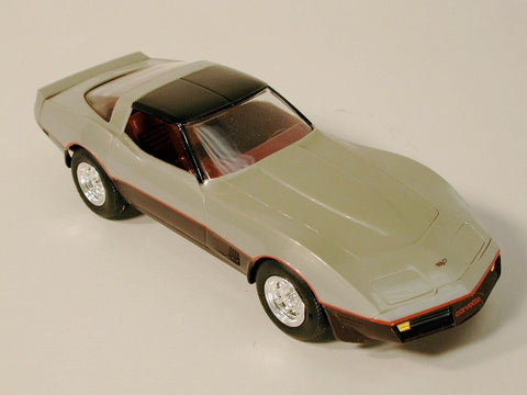 GM Corvette Promo Model - Coupe Silver / DK Claret 82  / Product Number: PM108